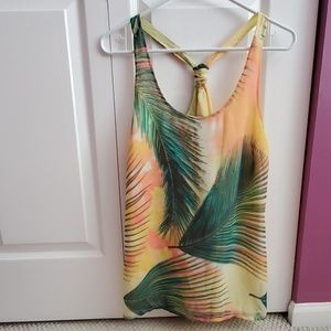 Old navy palm leaves top size M